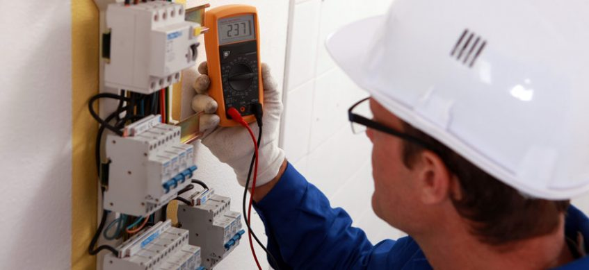 Importance Hiring Reliable Electrical Contractor